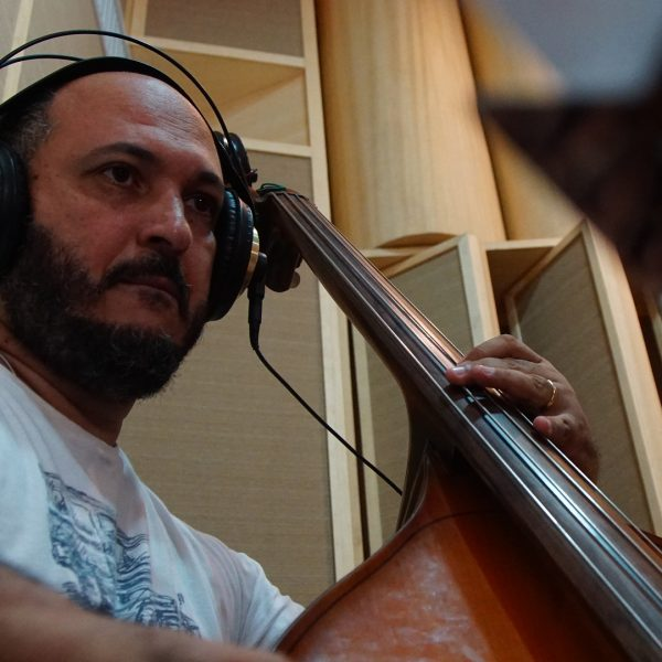 Ney Conceição: Double Bass
